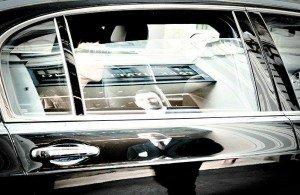 Chauffeured-Luxury-Shopping-Tour