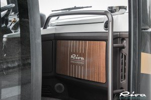 18-Seater-Luxury-Bus-Riva-Brand-Experience-Detail