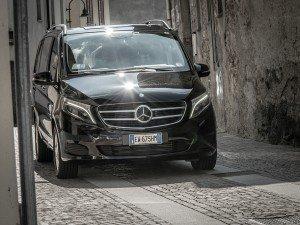 1_Luxury_Minivan
