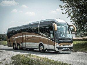55-High-Standard-Bus-Exterior