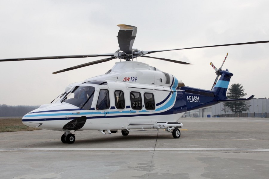 Air  Helicopter & Private Jet hire in Italy