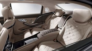 Luxury-sedans-chauffeur