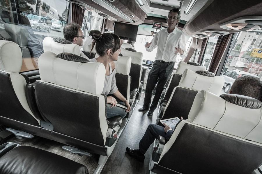 Minibus 18
