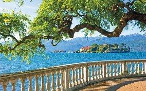 italian_lake_island