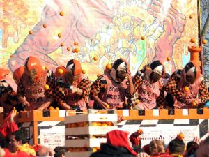 690-carnevale-di-ivrea-3-battaglia-delle-arance