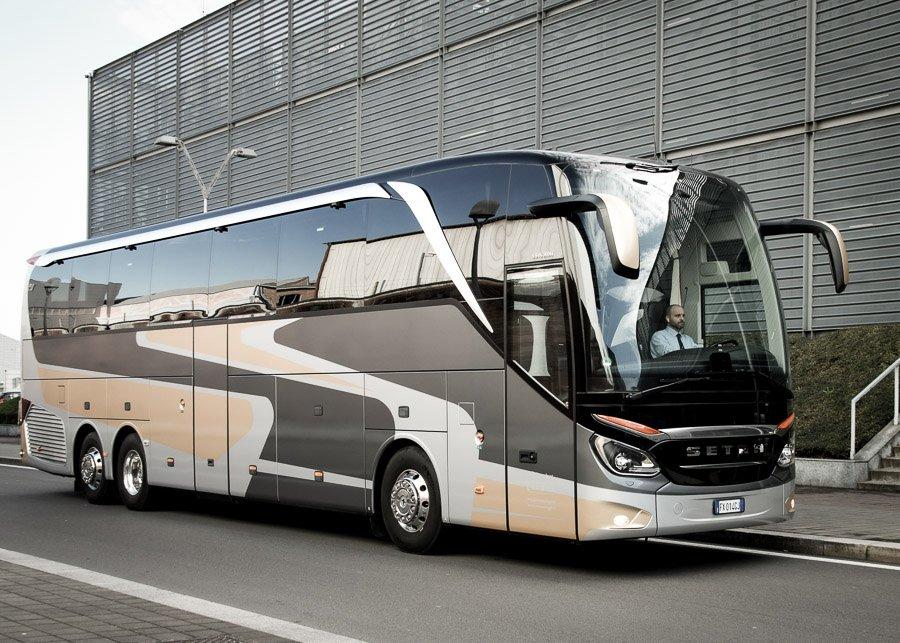 Luxury Bus Luxury Van  Van Luggage